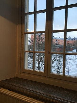 Vy över Uppsala slott från ett av hörnrummen