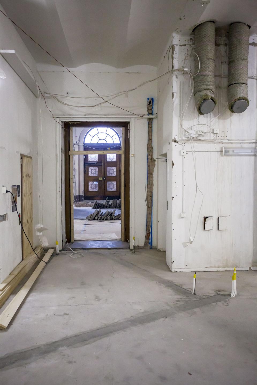 Bild på Carolina Redivivas entréhall under ombyggnad.
